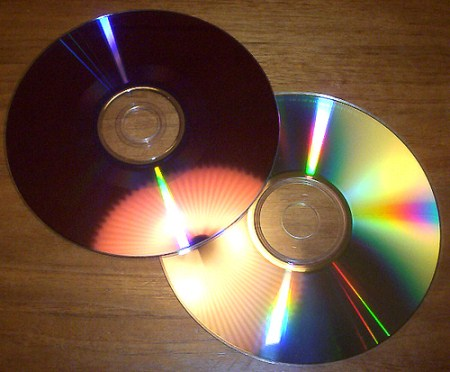 Tips & How to Clean CD-DVD Easily