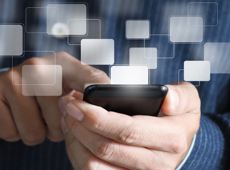 Why Your Startup Needs to Prioritize Social and Mobile